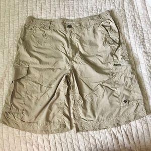 Columbia Sportswear shorts Omni-shade 34w10